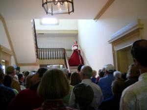 Actress Chris Weatherhead enthralls tour-goers at the Terraces  in her noted role as Civil War diarist Mary Boykin Chesnut,  who spent part of her childhood in the lovely plantation home.